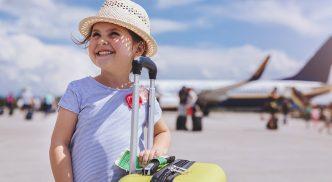 Autorização para menor viajar de avião
